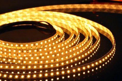 V-TAC kültéri SMD LED szalag, 3528, meleg fehér, 120 LED/m - 2038